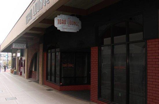 Toro Lounge: Toro Street View