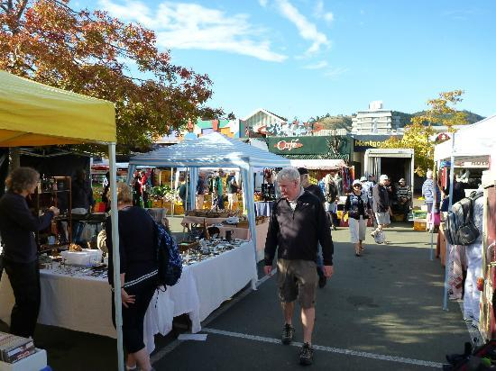 Baywick Inn: Farmers market in Nelson, easy walk from B&B
