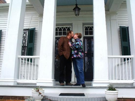 Munford, AL: Outside Cedars Plantation B&B - Our Honeymoon