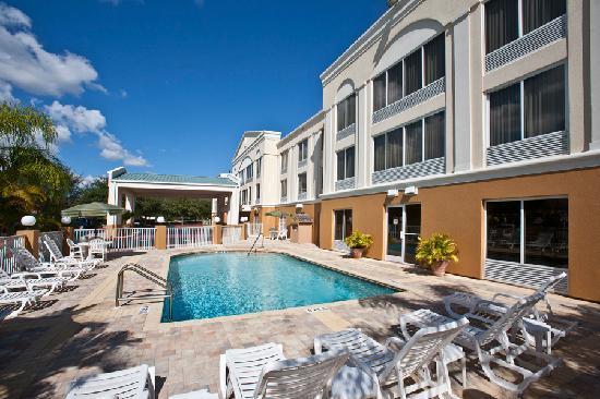 Best western plus ambassador suites venice hotel venise for Hotel venise piscine interieure