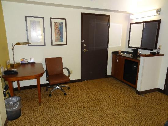Hyatt Place Herndon / Dulles Airport - East: Work Area