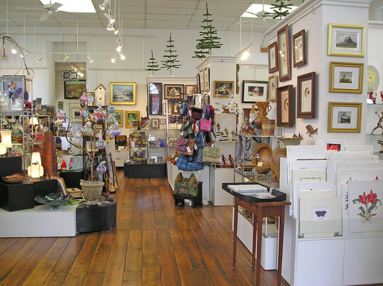 Boiling Springs, PA: Village Artisans interior view