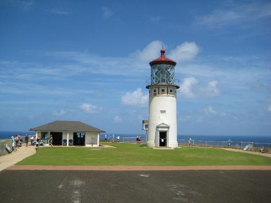 Kilauea Point National Wildlife Refuge: Lighthouse and Museum Building
