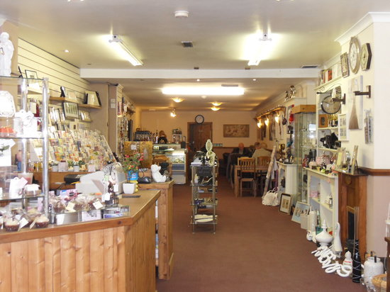 Willow Gifts and Tea Room: Inside the shop, looking towards the cafe
