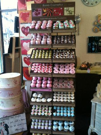 Willow Gifts and Tea Room: Large selection of bath bombs