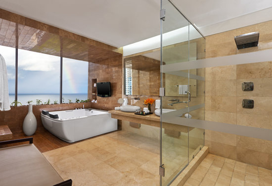 Sheraton Grand Panama: Presidential Room Bathroom