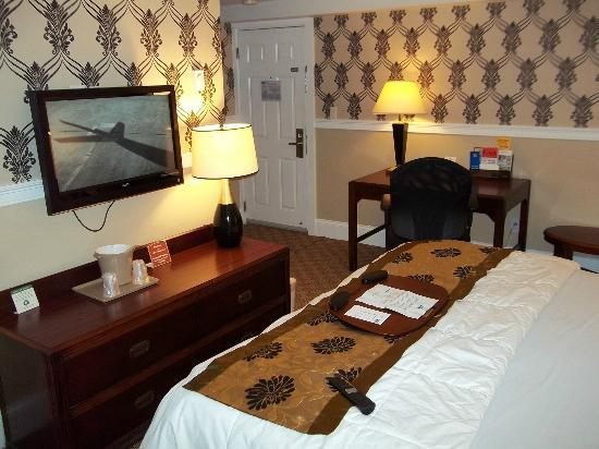 Rodeway Inn Logan International Airport: Bedroom