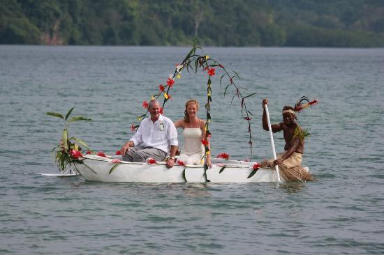 Poppy's on the Lagoon : Arriving at the Wedding in style...