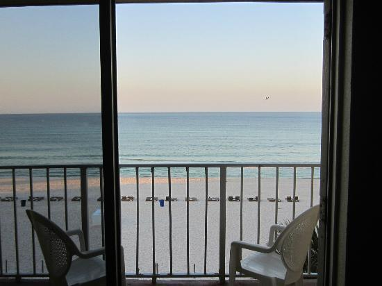Seahaven Beach Hotel: View of the Gulf of Mexico while standing at the dining table