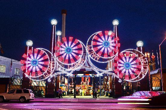 Luna Park Coney Island - Picture of Luna Park at Coney ...