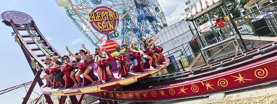 Brooklyn, NY: Luna Park at Coney Island - Electro Spin