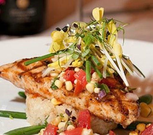 Morgan House Restaurant and Rooftop Bar: Grilled Swordfish at The Morgan House