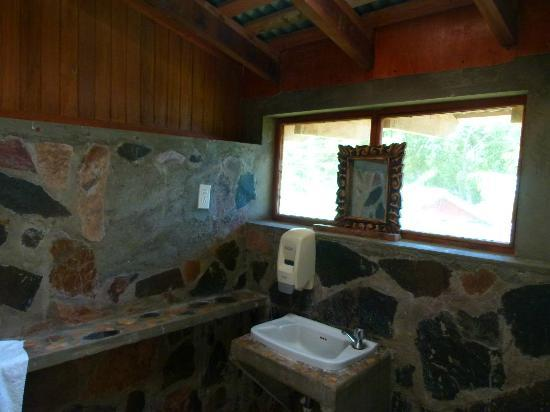 Hacienda Merida: Bathroom