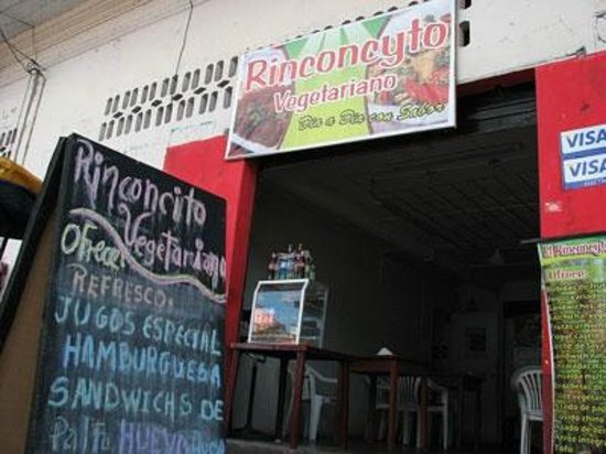 El Rinconcito: look for the board in the first block of San Martin