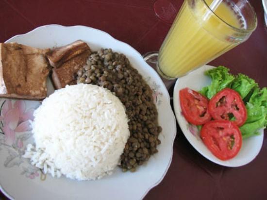 El Rinconcito: typical lunch set menu