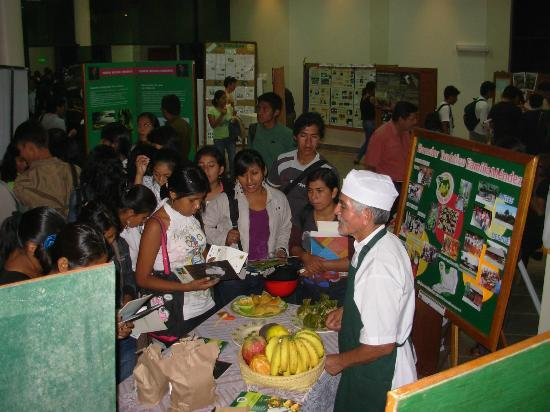 Ecoaldea Kapievi: Feria de Turismo
