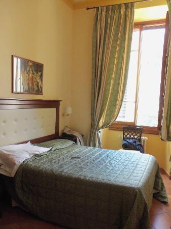 هوتل سيمابو: Double Bed Room