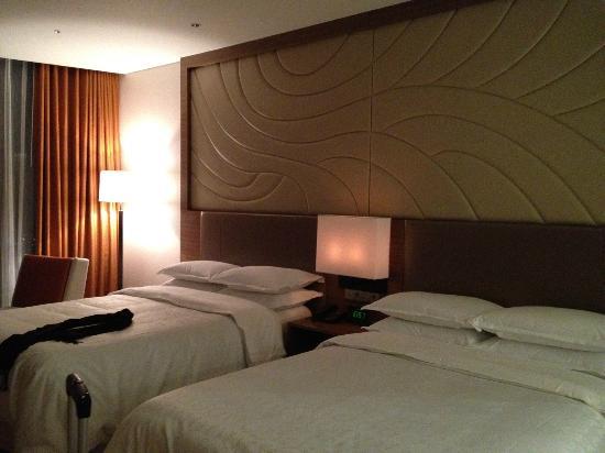 Sheraton Seoul D Cube City Hotel: Executive Room