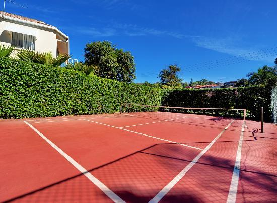 Smugglers on the Beach: Half size tennis court
