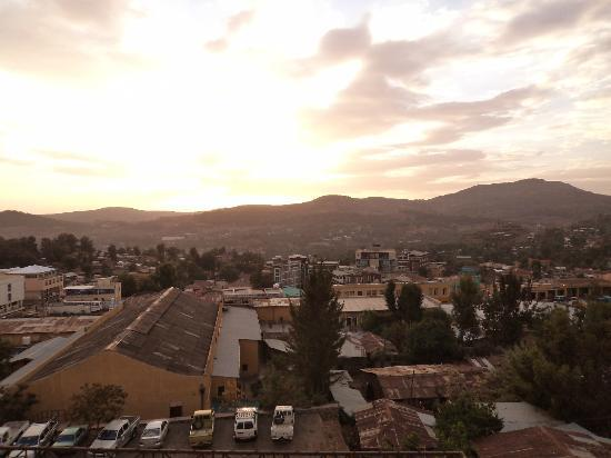 Taye Belay Hotel : sunset from bed room