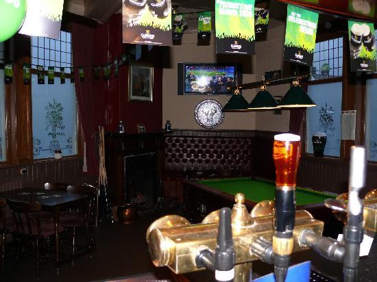 Staghead Inn: The Pub