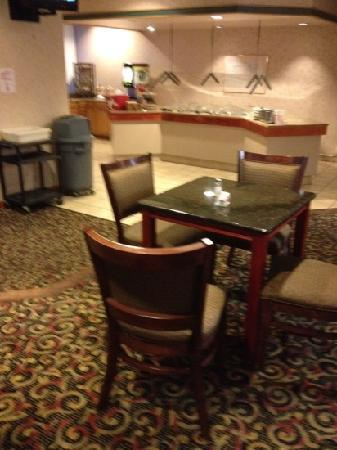 Red Roof Inn Burlington: buffet