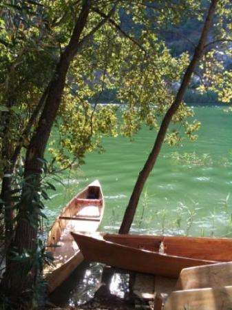 dalyan wooden canoes