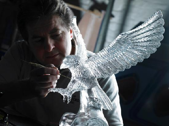 House of Waterford Crystal Sculpting