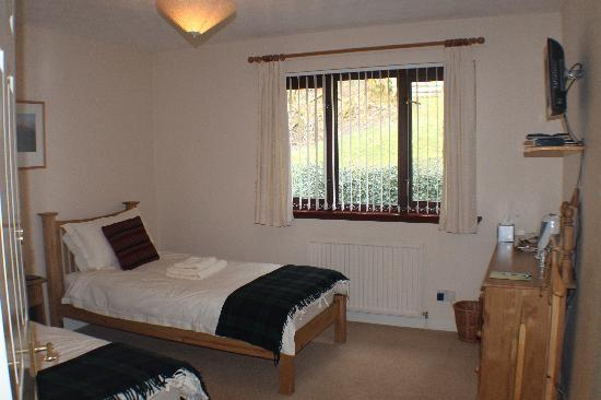 Craik Na Dav B & B: Oak Twin En Suite Room