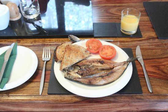 Craik Na Dav B & B: Our Scottish Kipper Breakfast