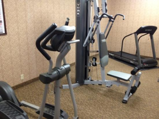 Comfort Inn Lancaster County: nice basic fitness center