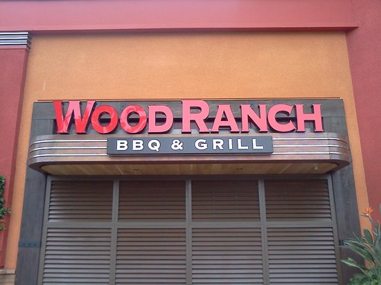 Wood Ranch BBQ & Grill: Irvine Spectrum Wood Ranch BBQ and Grill - Irvine Spectrum Wood Ranch BBQ And Grill - Picture Of Wood Ranch
