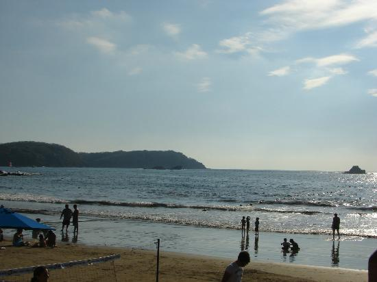Azul Ixtapa Beach Resort & Convention Center: The beach