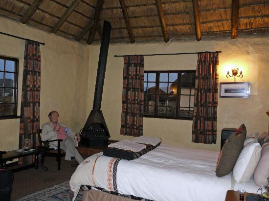Sani Mountain Lodge: Our room