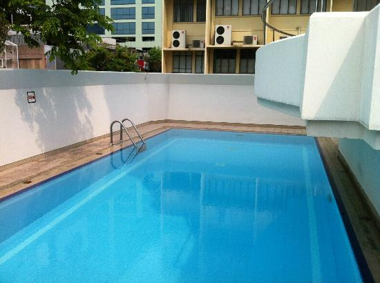 Swiss Lodge: Pool