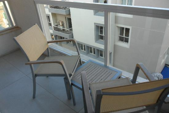 The George, Urban Boutique Hotel: Balcony