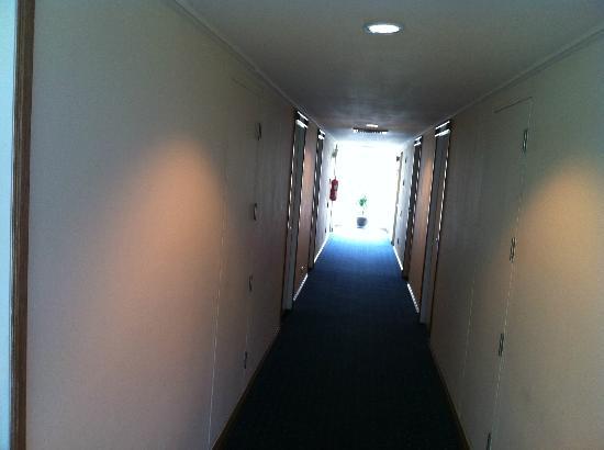 Le Siam Hôtel: Corridor