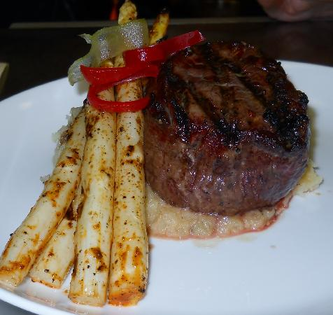 Beach Walk at Henderson Park Inn: Premium Steaks