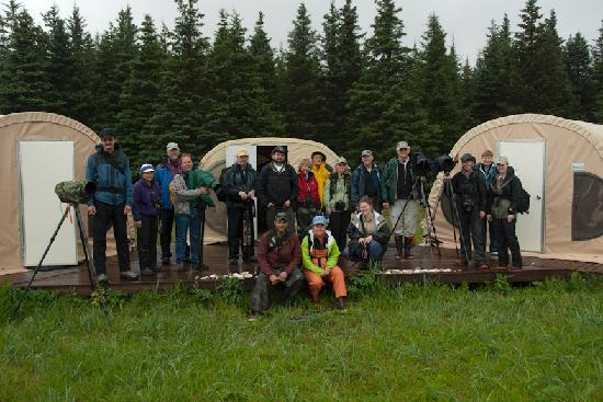 Great Alaska Adventure Lodge: Group of Photographers at our BearCamp