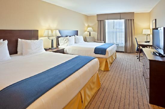 Holiday Inn Express Hotel & Suites Courtenay Comox Valley SW: Deluxe Double Queen Guestroom