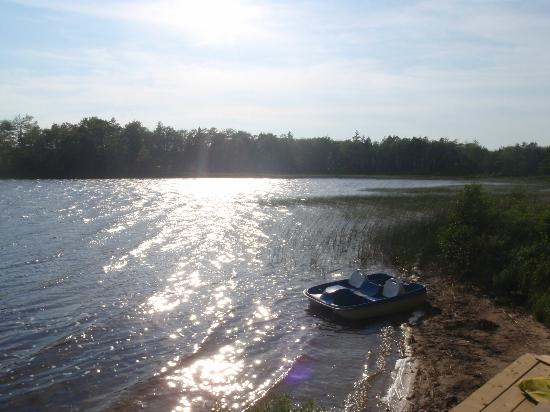 Irwin Lake Chalet: Irwin Lake