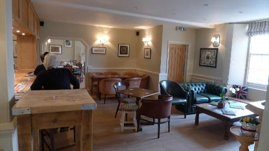 The Bedingfeld Arms: Oak Bar room which has real open wood fire burning