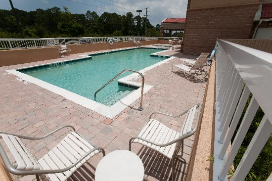 Fairfield Inn & Suites Palm Coast I-95 : Outdoor Pool