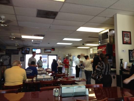 Mike's Pizza & Deli Station: order line