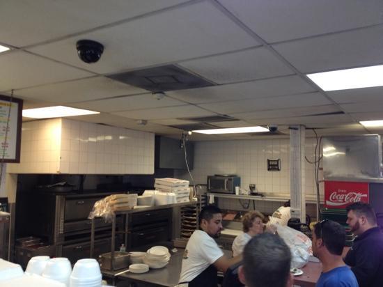 Mike's Pizza & Deli Station: kitchen