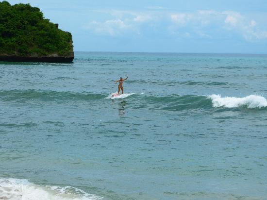 Balangan Sea View Bungalow: Balangan beach 5min walk