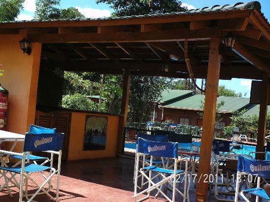 Nuevo Raices Apart Hotel: FRENTE A LA PILETA