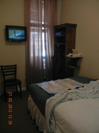 St Marks Hotel: Room