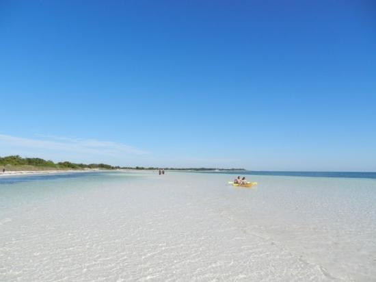 Big Pine Key, ฟลอริด้า: Beach at Bahia Honda State Park