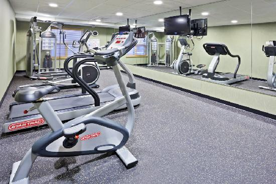Holiday Inn Express Hotel & Suites Courtenay Comox Valley SW: Our 24 hour Fitness Facility features a treadmill, stationary bike, elliptical trainer and unive